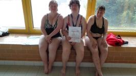Účast na plaveckých závodech Modrá stuha v náchodském bazénu 13.5.2017