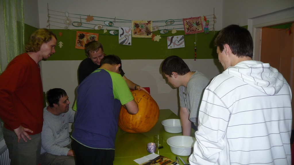 halloween-ve-stacionari-img03