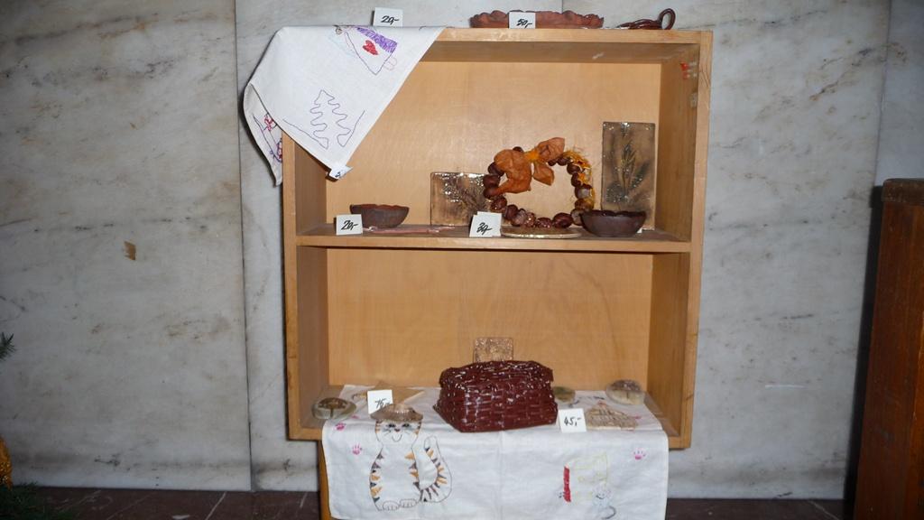 vanocni-vystava-v-nachodske-knihovne-img02