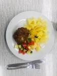 Vaření v denním stacionáři - Sekaná s bramborem