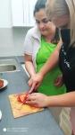 Pečení jahodového dortu
